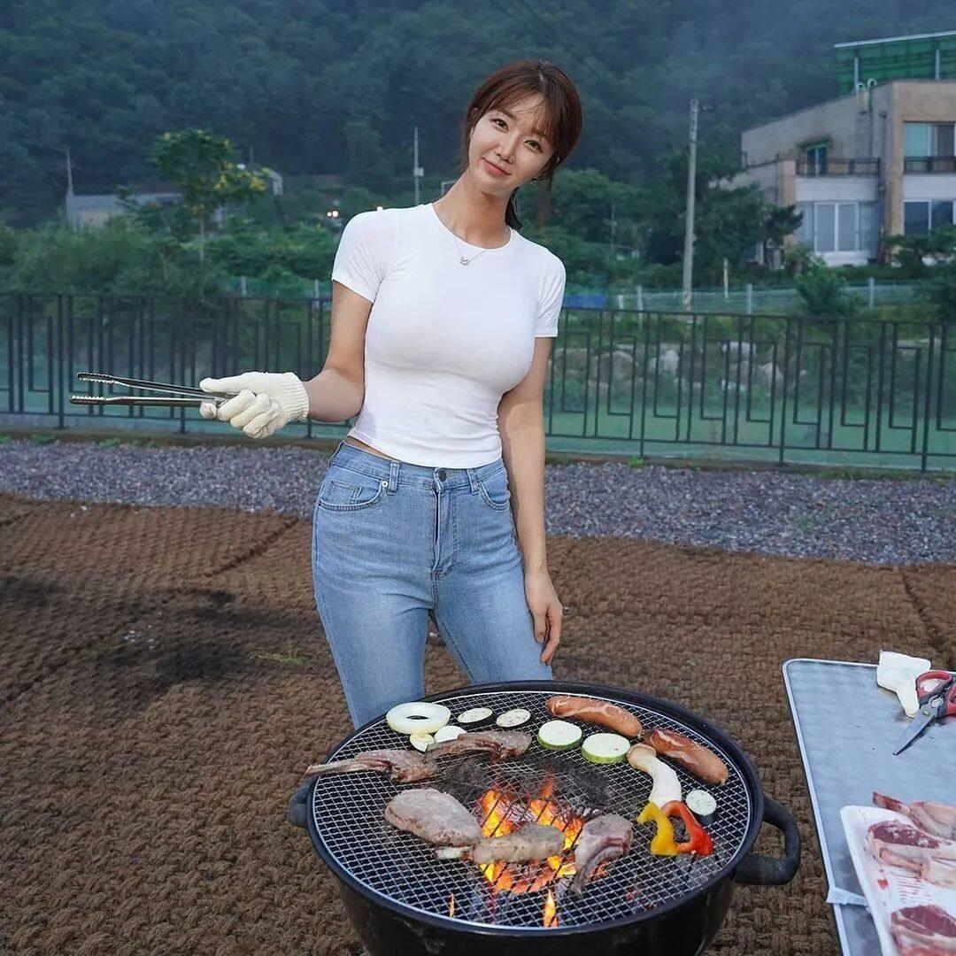 [微博福利]175cm的韩国大凶妹子7